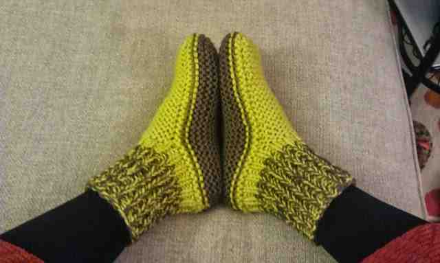 Comment faire des chaussures en laine pour adultes?
