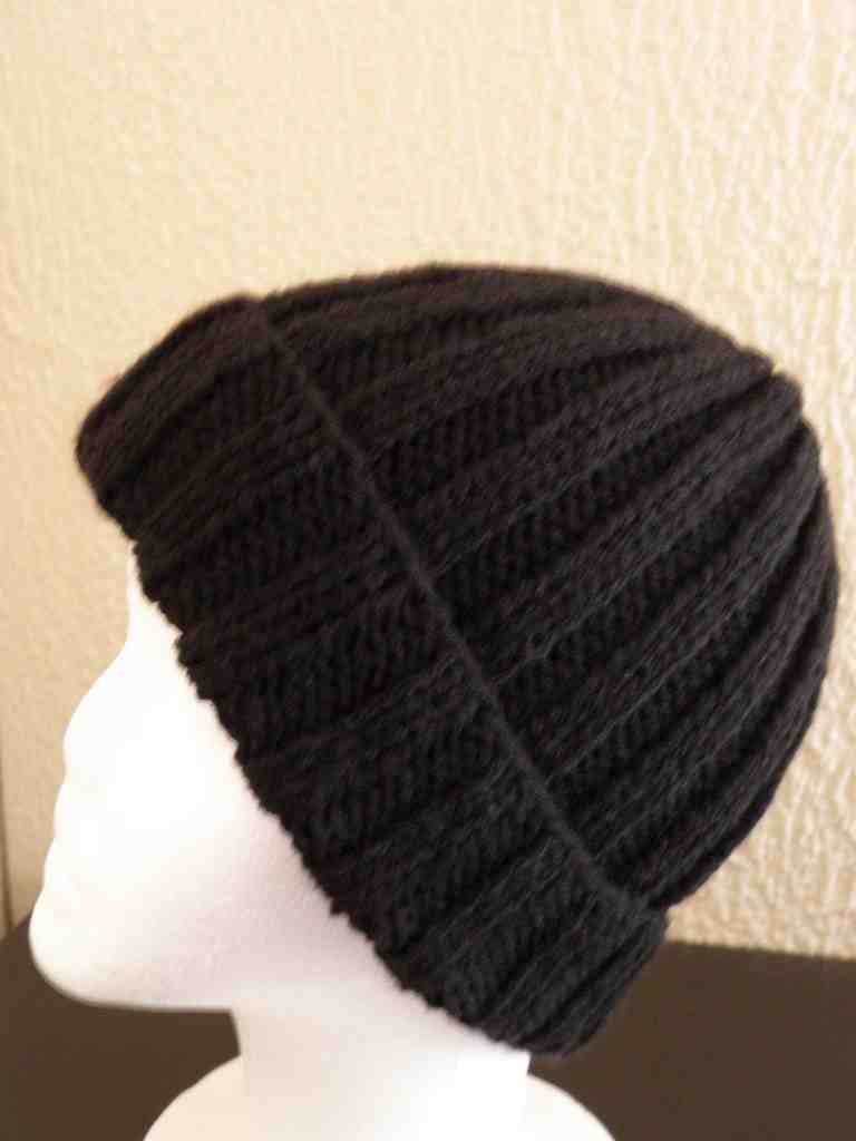 Comment faire un chapeau en laine?