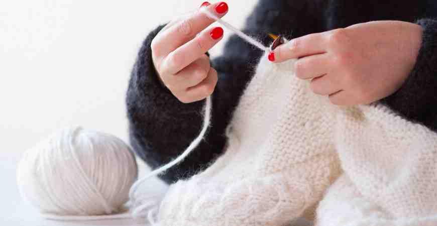 Comment tricoter un bonnet homme léger?