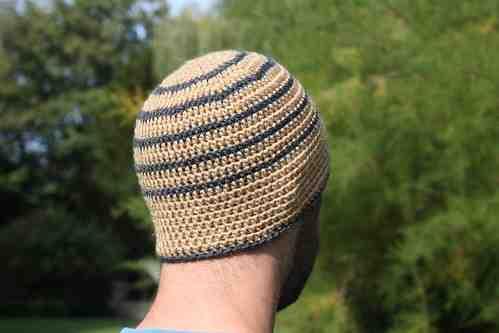 Comment tricoter un chapeau pour homme facilement?