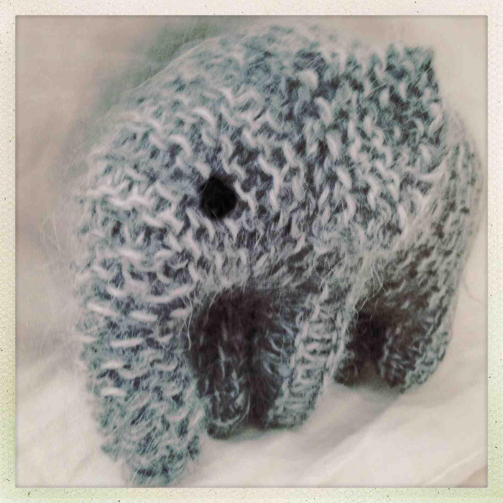 Comment tricoter un pull en une seule pièce?