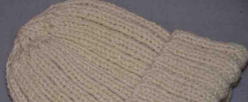 Comment fabriquez-vous un chapeau en laine?