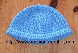 Comment faire un bonnet pour bébé au crochet?