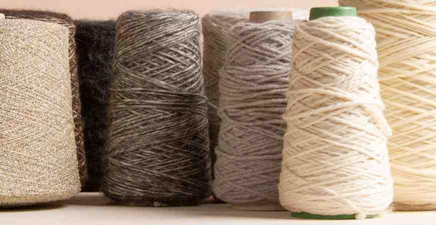 Comment tricoter quelques pelotes?