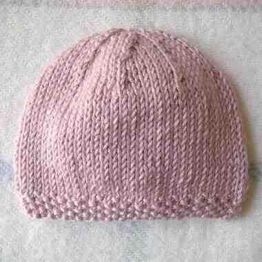 Comment tricoter un bonnet bébé prêt à nouer?