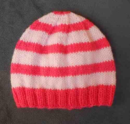 Comment tricoter un bonnet pour bébé?