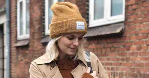 Comment tricoter un bonnet pour une petite fille?