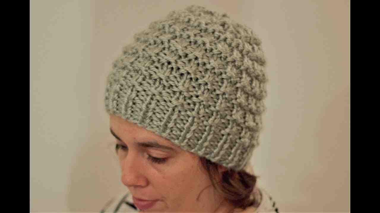 Comment tricoter un chapeau rond?
