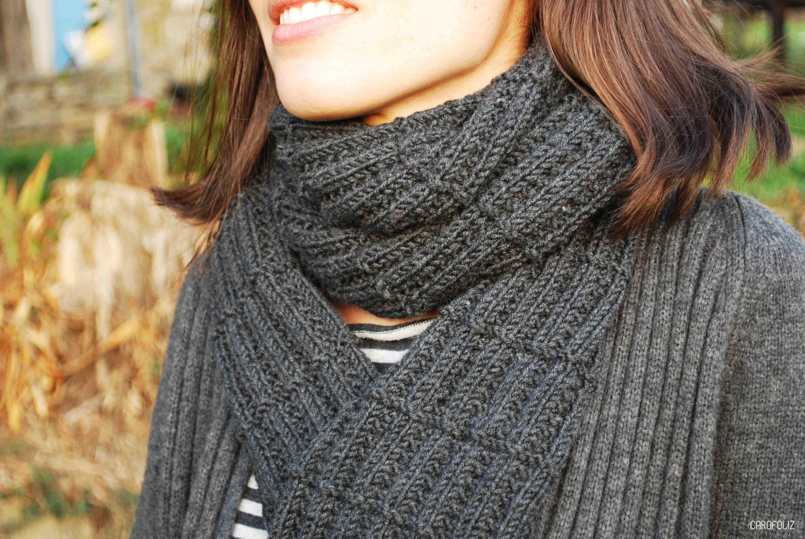 Est-il facile de tricoter une écharpe en laine?