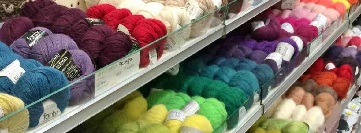 Où acheter de la laine à tricoter à Paris?