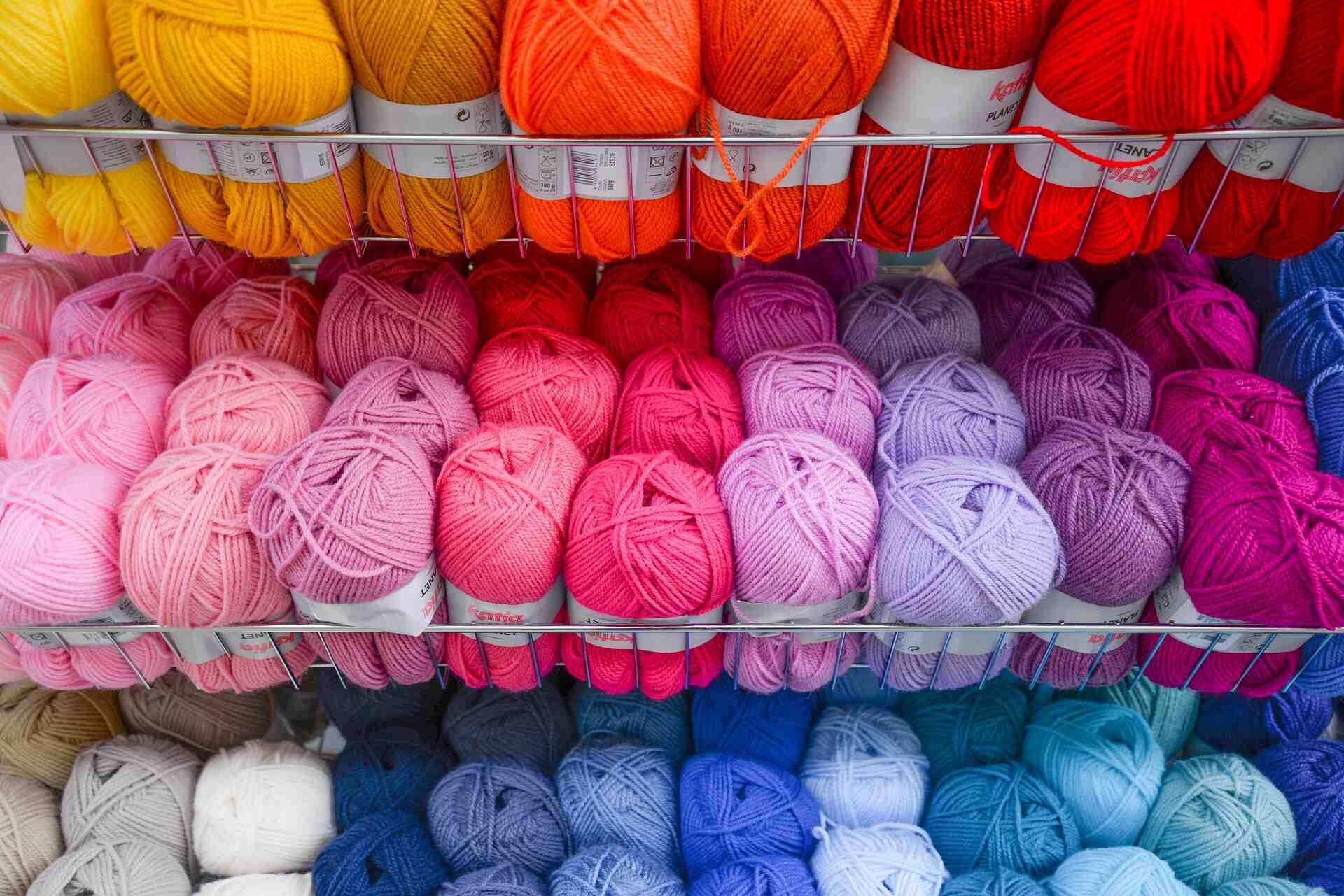 Quel fil pour tricoter des chaussons?
