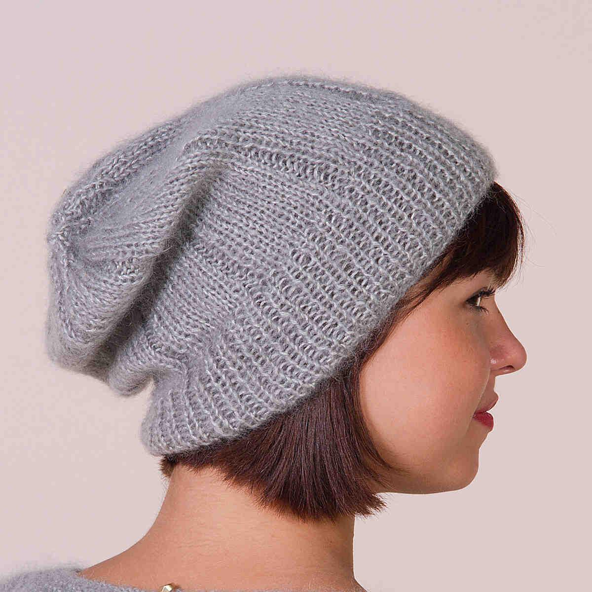 Comment tricoter un bonnet avec des aiguilles droites?