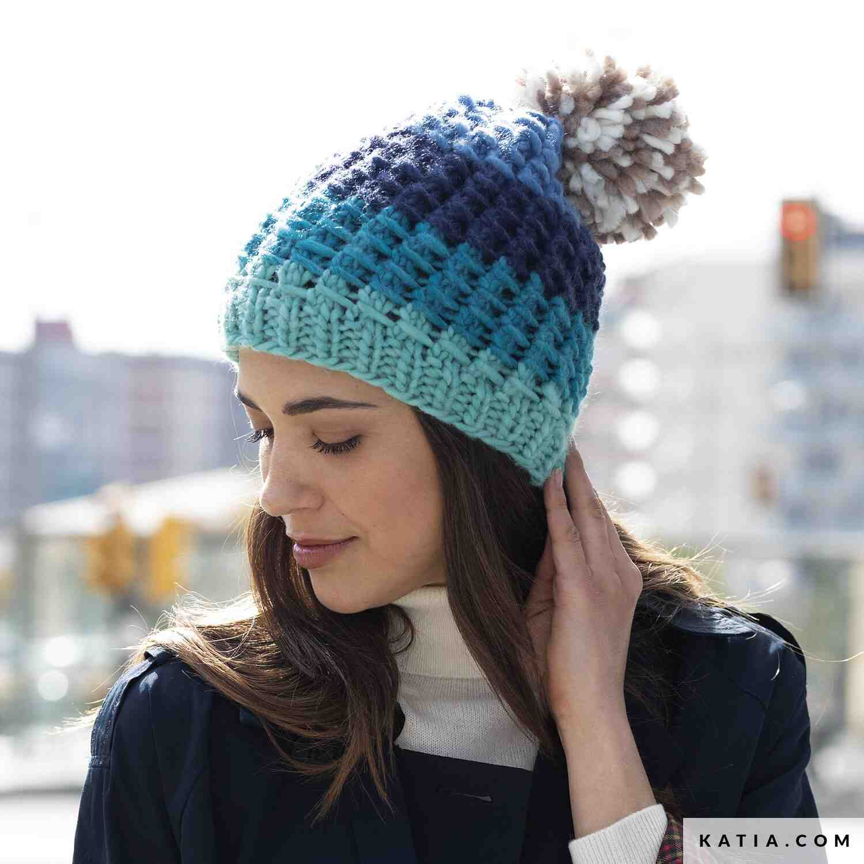 Comment tricoter un bonnet de femme avec un coup de poing?