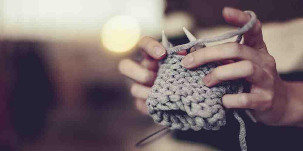 Quelle sont les aiguilles qui faut utiliser pour tricoter un bonnet ?
